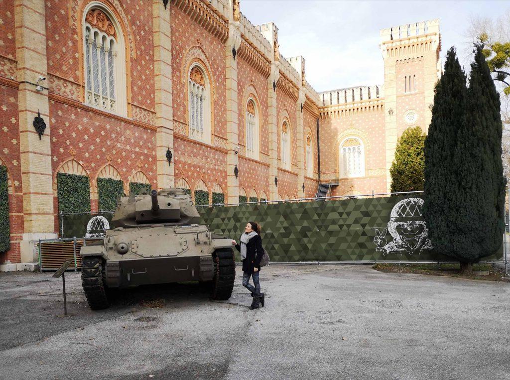Schutz und Hilfe Ausstellung Panzergarten