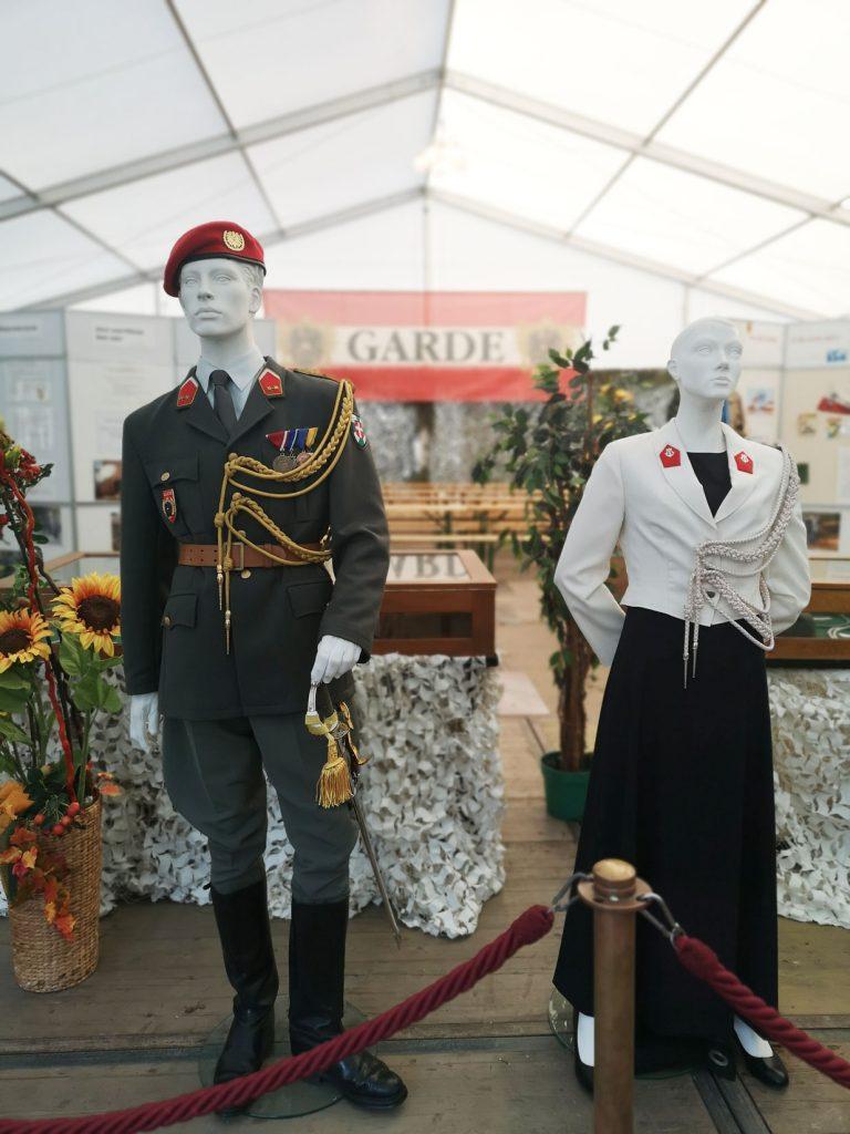 Garde-Uniform
