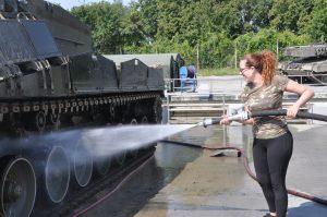 Außerdem Panzer